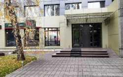 Фасадное помещение 60 кв.м. на Жилянской. 1