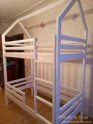 Кровать-будиночок двоповерхова з сосни  4500 грн  1