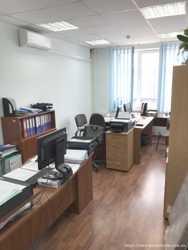 Сдам  офис  120 кв/м., ул. Святошинская, Святошинский  р-н. 4 этаж, 4 комнаты. 3