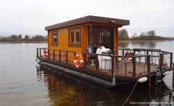 Дом на воде. хаусбот, баня на воде 2