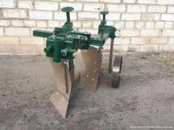 Плуг двухкорпусний,для мотоблока,мототрактора,8 к.с до 25 к.с.Плуги.