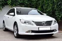 153 Toyota Camry V50 белая аренда авто