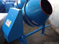 Бетономешалка BWA-260/150 А-ВИКТ на 380 Вольт 2
