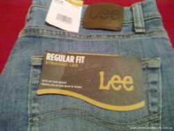 Продам фирменые джинсы LEE Men's Regular Fit Straight Leg Jean. 3