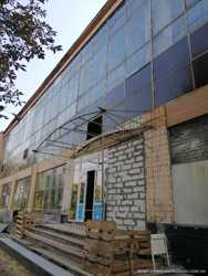 Сдам складские и офисные помещения возле ст.м Дворец спорта 1