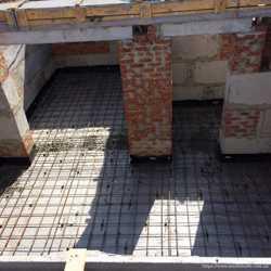заливка бетона фундамент стяжка отмостка бетонные земляные работы