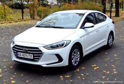 167 Hyundai Elantra 2018 белая аренда авто  1