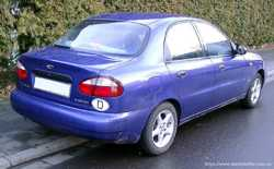 Продам автомобиль Daewoo Lanos.