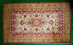 Шерстяной ковёр в восточном стиле . Коврик .