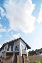 Продам будинок Бровари з панорамним виглядом на ліс з вашої спальні.
