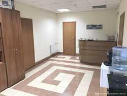 Сдам  офис  120 кв/м., ул. Святошинская, Святошинский  р-н. 4 этаж, 4 комнаты. 1