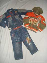 Джинсовый костюм на мальчика 3-4 года.