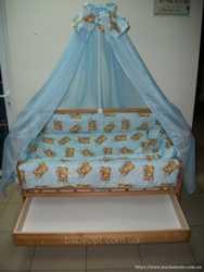 Детская кроватка с ящиком 1