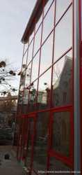 Остекление фасада магазина