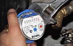 Установка водяного счетчика ,установка водомера