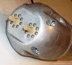 Ремонт водяних насосів вібраційного типу.