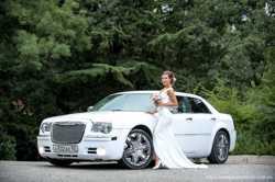 Свадебный транспорт. Свадебные машины. Оформление машин в Ялте 2