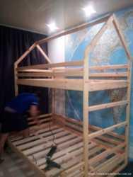двухъярусная кровать- домик из натурального дерева 4500 2