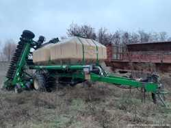 Сеялка зерновая пневматическая Great Plains CTA 4000 HD