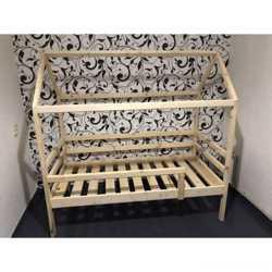 Кровать-домик -2500грн 1