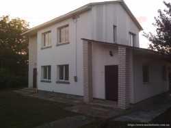 Двухэтажный кирпичный жилой дом в Кодаках
