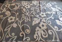 Продам ковёр 3 м. на 4 м. серый с рисунком