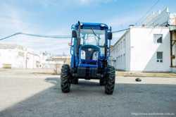 Экспортный б/у трактор 2007 года выпуска DongFeng 404 40 л/с + плуг