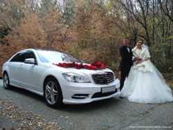 МЕРСЕДЕС W221 S-класс Long AMG белого цвета на свадьбу!
