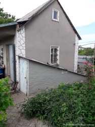 Продам дом 2 этажа в Александровке. 1