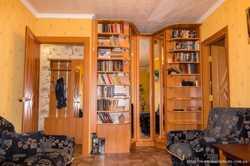 Продам трехкомнатную квартиру 2