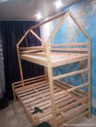 двухъярусная кровать- домик из натурального дерева 4500 1