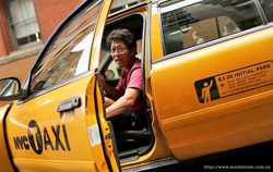 162 Ford Crown Victoria New York city taxi аренда 2