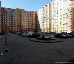 Продам квартиру в ЖК Янтарный . От строителей 1