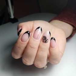 Маникюр /покрытие гель-лаком /наращивание ногтей