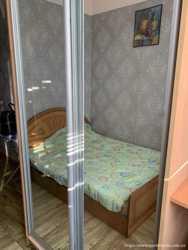 Срочно продам изолированную гостинку в центре Харькове