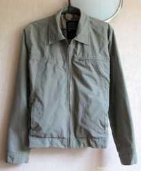 Замечательная фирменная куртка 4You, размер S 1