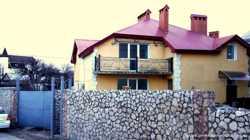 Продается жилой дом ул. Дачная 2 (5км) первая линия, 12комнат, 3эт. ИЖС,