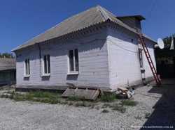 Продам дом 64м2 с приватземлей красная линия\Коммунаровская\Покровский