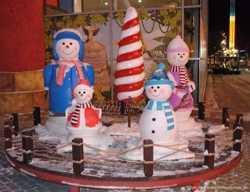 Новорічні та святкові об'ємні фігури. Декорації.  2