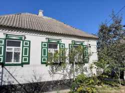 Продам дом пос. Таромское возле реки Днепр, 12 соток, сад