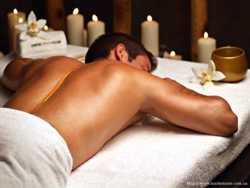 масаж в темряві для двох