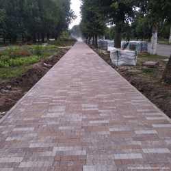 Укладка тротуарной плитки, бордюров поребриков, житомир