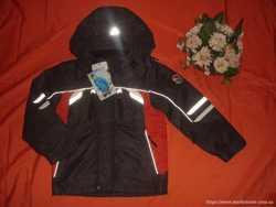 Демис.куртка на мальчика  116--122р.