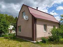 Продам жилую дачу и 12сот.земли в с.Николаевка.От Киева около 30км.