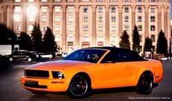 159 Кабриолет Ford Mustang GT оранжевый аренда