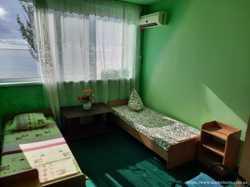 Недорогой отдых на Черном море в Лазурном.