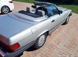 171 Ретро автомобиль Mercedes SL 107 1985 год 3
