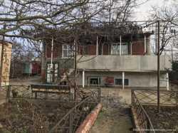 Продам дом 80м2 с флигелем р-н Аэрополь. 1
